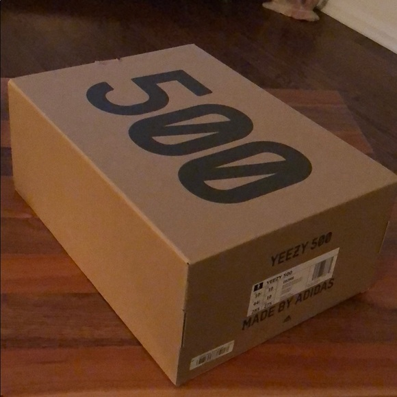 pretty nice b10ee 8b123 adidas Other - YEEZY 500 Empty Shoe Box